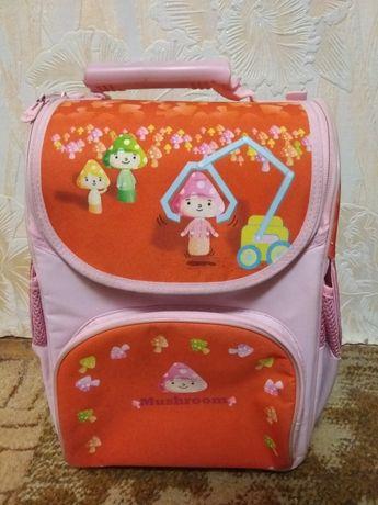 Рюкзак с грибочками/портфель/школа/ранец/ школьные вещи/первый класс