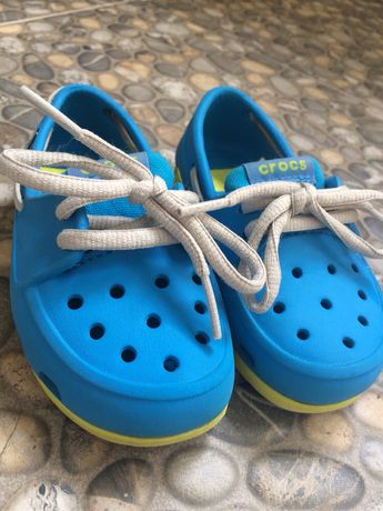 Продам Crocs на шнуровке
