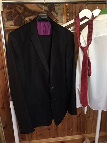 Классический костюм бренд  Giotelli рубашка и галстук в подарок.