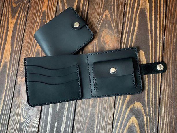 Кожаный мужской кошелек ручной работы. В подарок именная гравировка