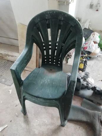 3 cadeiras de jardim