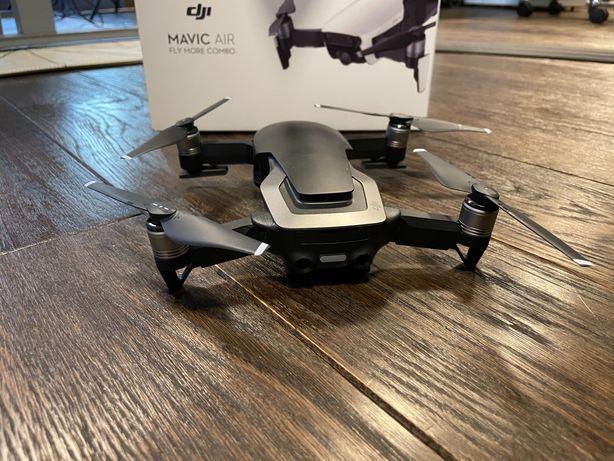 Dron DJI Mavic Air Combo