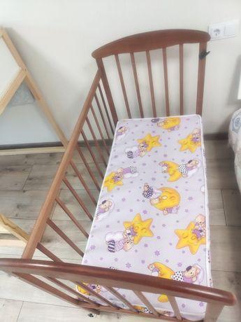 Колиска, кроватка, ліжечко