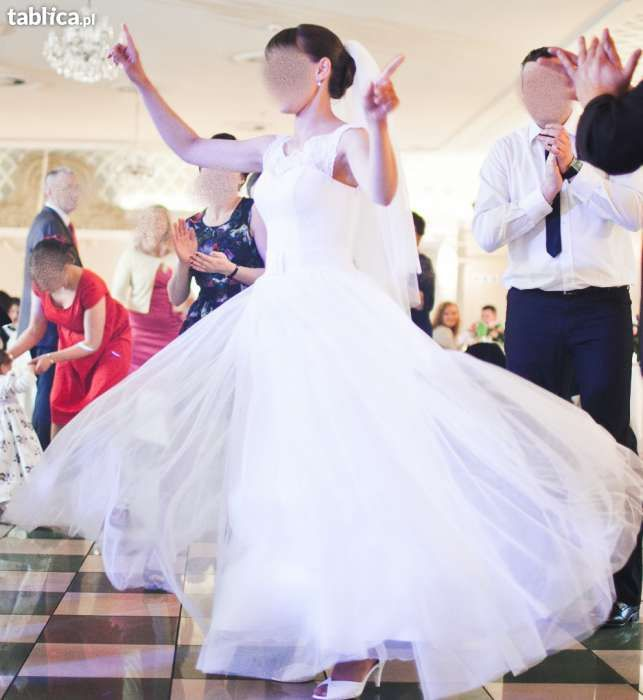 Przesliczna suknia ślubna Elizabeth Passion E- 2586T
