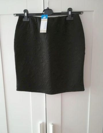 Czarna mini spódniczka wytłaczany wzór M vintage z metką