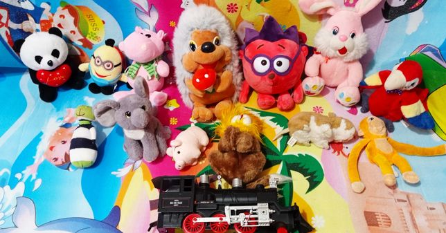Мягкие игрушки Пеппа , миньон, Китти, ёжик, вязанные