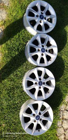 Aluminiowe felgi do forda fiesta ka r14 w idealnym stanie