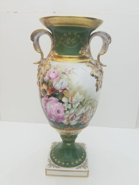 Vaso em cerâmica pintado à mão