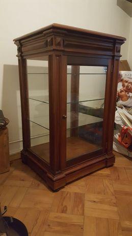 Móvel vitrine antigo, em mogno