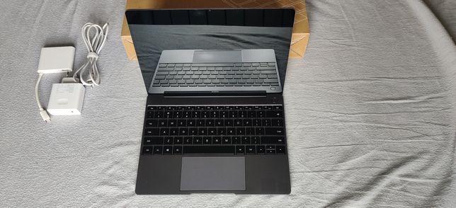 Huawei Matebook 13 i5, 8GB ram, SSD256GB, GeForce MX150 2GB