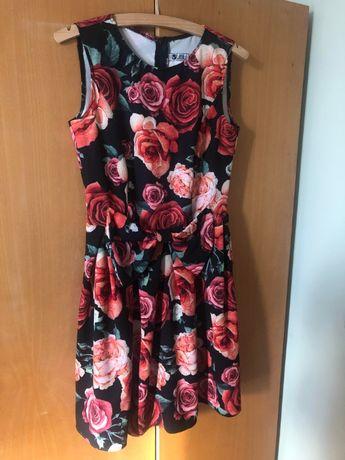 Sukienka w kwiaty VUBU