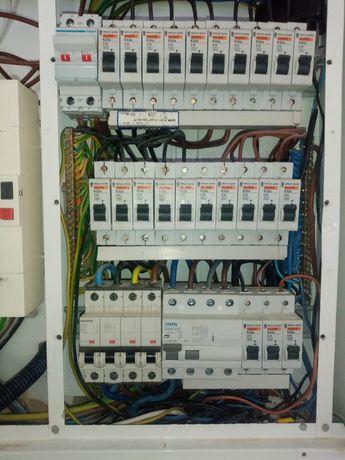 Reparações 24 horas, elétrica, canalização .estore,aquecedores.