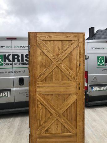 Drzwi zewnętrzne drewniane szczotkowane postarzane od ręki