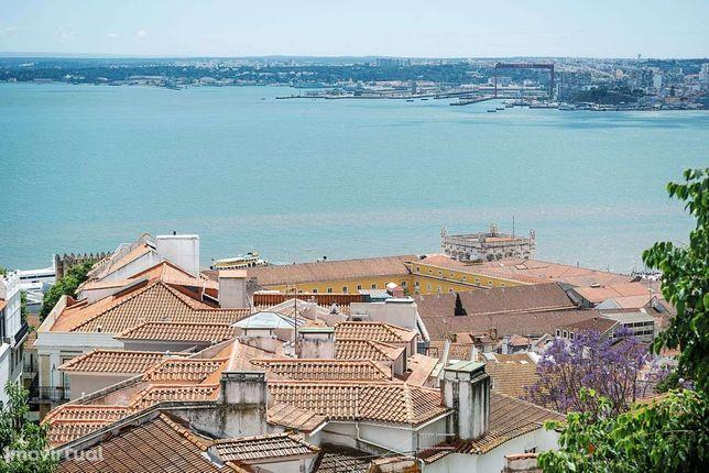 Apartamento T2 para venda em Lisboa com Vista Rio