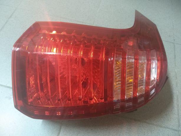Lampy tylne do Peugeot 5008