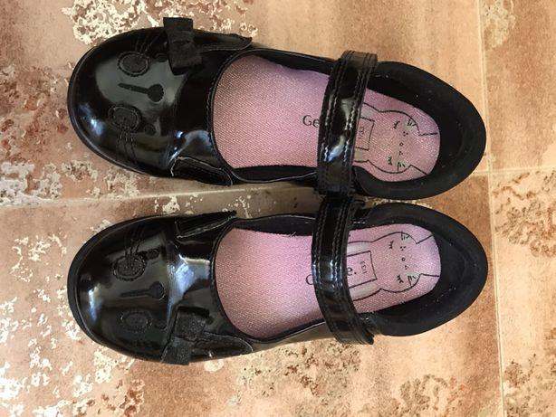 Продам туфли George 33, евроразмер 1 стелька 21,2 см
