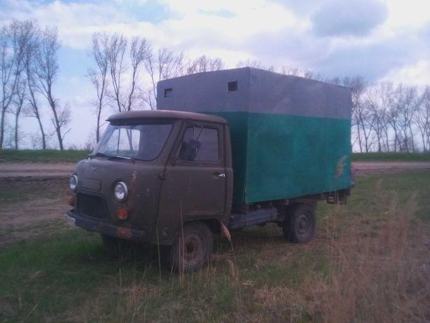 Уаз 3303  фургон