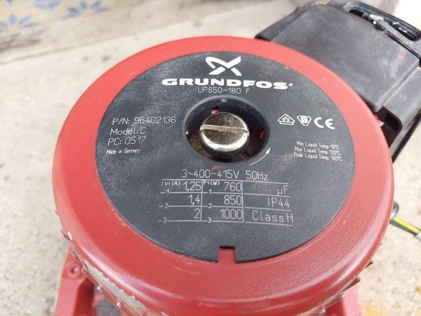 Bezdławicowa pompa obiegowa Grundfos UPS 50-180 F , 1000W