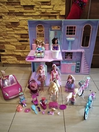 barbie domek + auto+ lalki+ dodatki