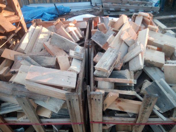 Drewno suche opałowe, pocięte palety, deski.