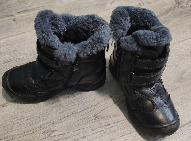 Ботинки зимові на хлопчика , стелька 20 см.