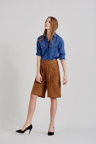 новые, стильные женские замшевые удлиненные шорты, кюлоты gustez