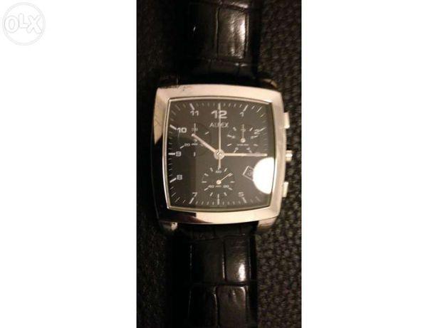Relógios suiços da marca Alfex pretos com caixa em aço e pulseira pele