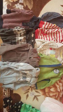Bluzki i sweterki