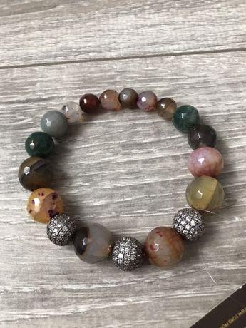 Продам новый браслет с биркой натуральные камни агат фианиты