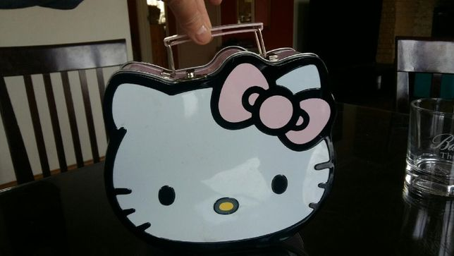 pudełko kuferek Hello Kitty