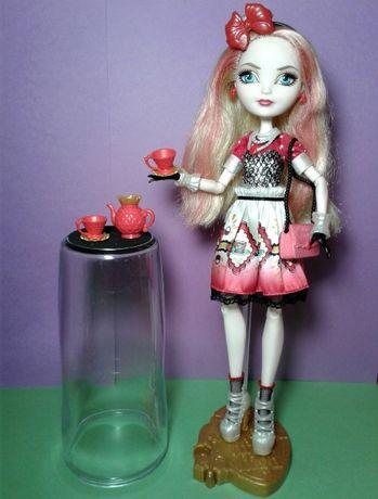 Кукла Эппл Вайт Чайная вечеринка с аксессуарами Ever After High Mattel