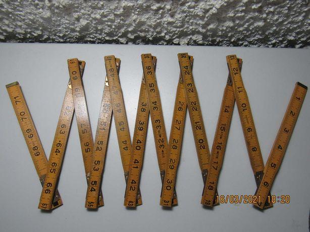 Régua de carpinteiro antiga