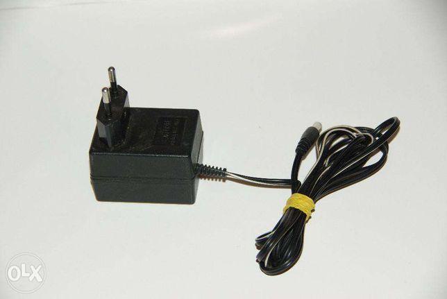Блок питания для зарядки АКБ электроинструмента