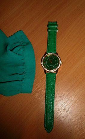новые женские наручные часы зеленого цвета новий жіночий годинник