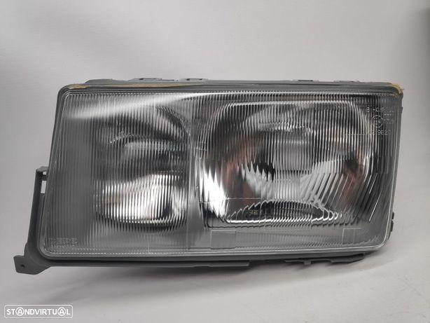 Farol Esquerdo Mercedes W201 Series 190 82-93
