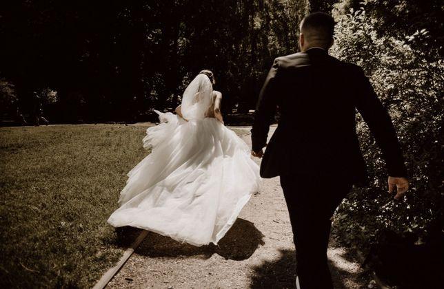 Свадебное платье в подарок серьги