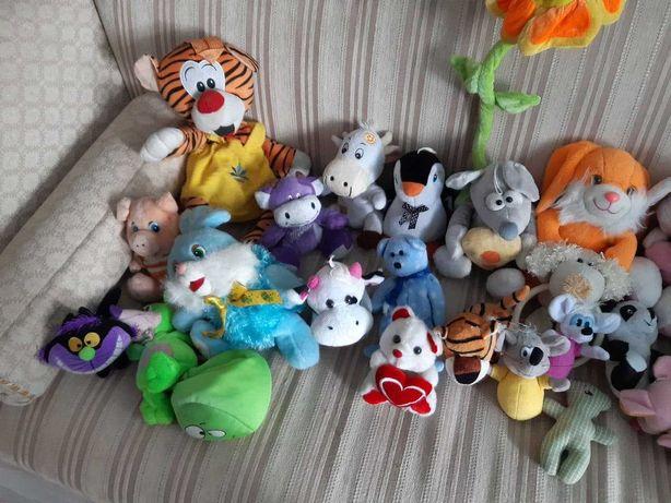 Мягкие игрушки 29 шт