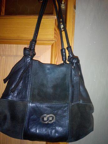 Продам женскую кожанную сумку