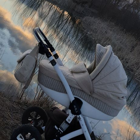 Продам коляску Adamex avila