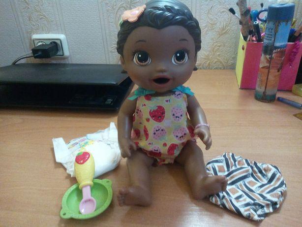 Кукла афроамериканка Baby Alive Super Snacks Hasbro. Кушает