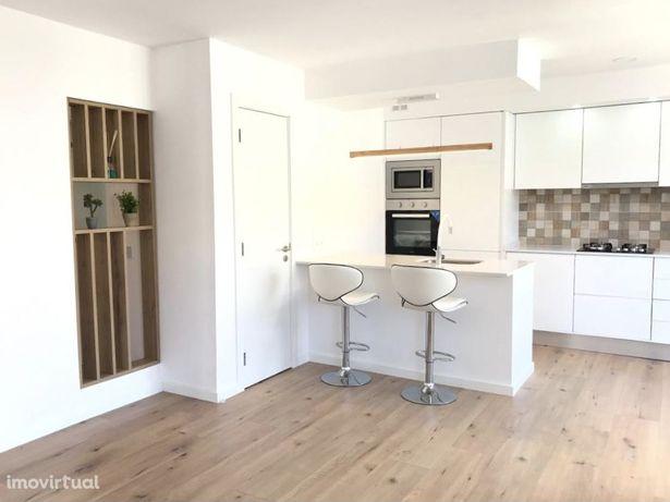 Apartamento T3 totalmente remodelado e equipado pronto a habitar