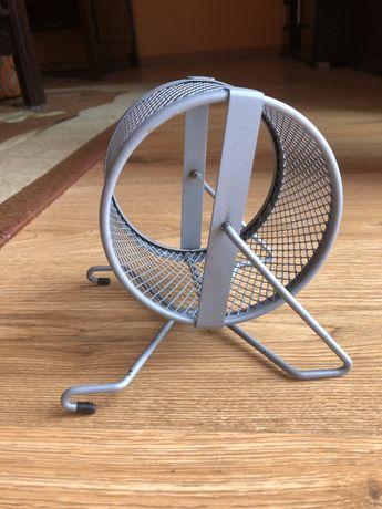 Metalowy kołowrotek dla gryzonia