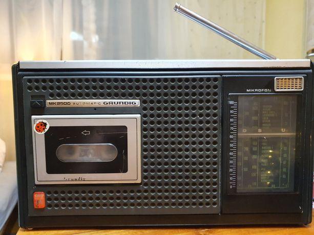 Radio Grundig MK2500