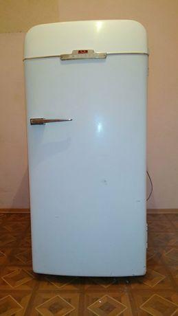 СРОЧНО! Холодильник ЗИЛ Москва КХ 240/старинный/раритет/антиквариат