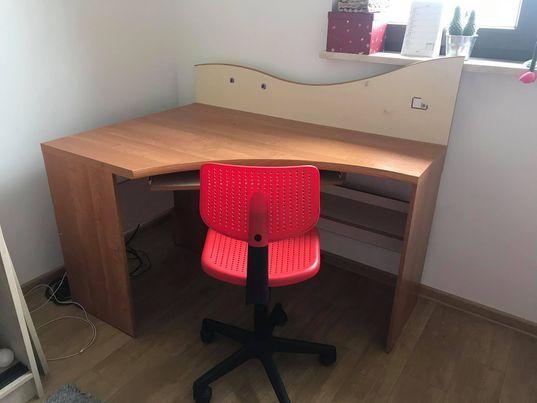 Biurko narożnikowe z krzesłem