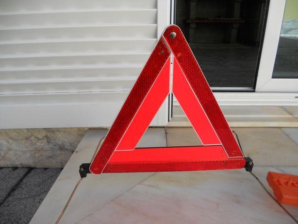 Triângulo de sinalização para veículos (homologado)
