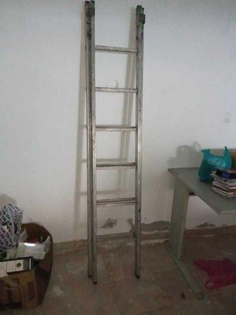 Escada alumínio dupla