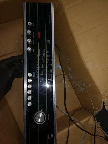Radio vintage de encastrar com colunas