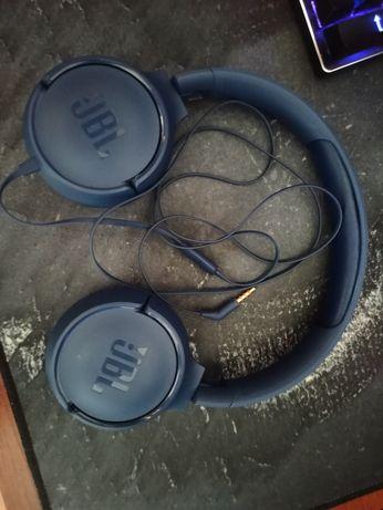Наушники JBL с микрофоном