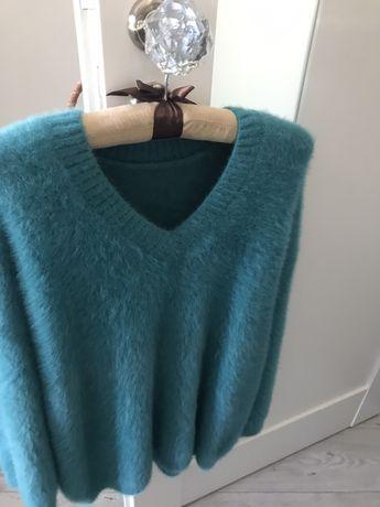 Włoski włochaty sweterek S/M